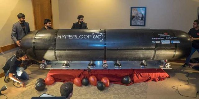 Hyperloop pod Levitate for the first time