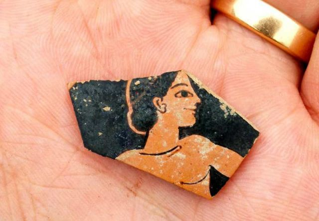 Fragment of a pottery from the late 6th century BC