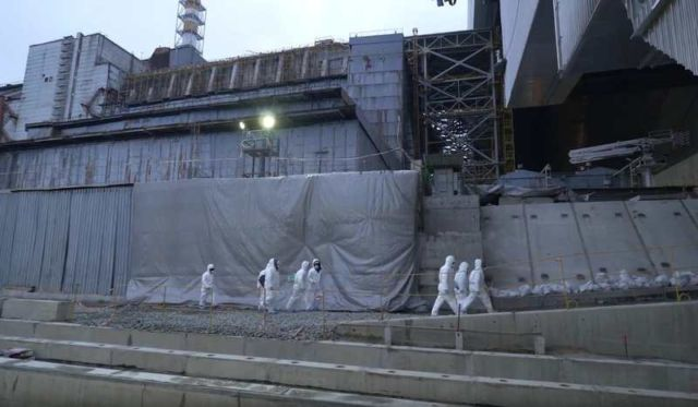 Chernobyl's gigantic Radiation Shield (3)