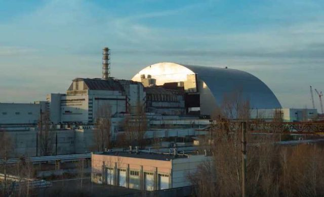 Chernobyl's gigantic Radiation Shield (2)