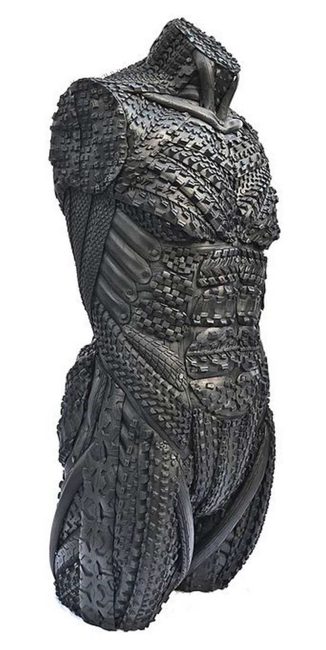 Sculptures made of Tires (3)