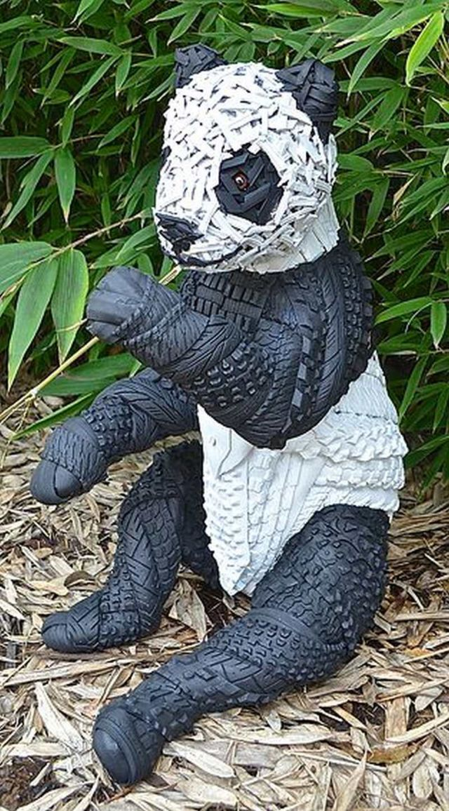 Sculptures made of Tires (2)