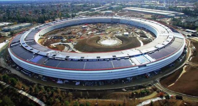 Apple Campus 2 ChristmasNew Years update
