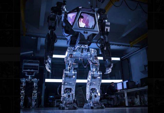 Hankook Mirae Method-2 Robot Suit