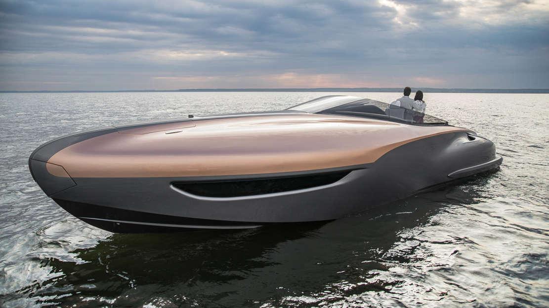 Lexus Sport Yacht (1)