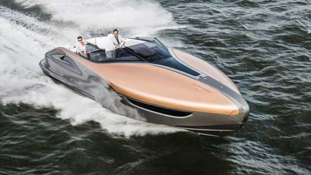 Lexus Sport Yacht (10)