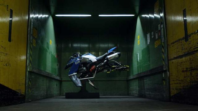BMW X LEGO Hover Bike concept (1)