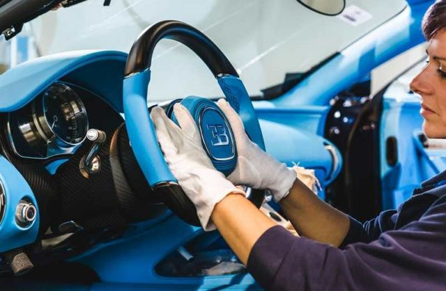 Bugatti Chiron at Molsheim production facility (6)