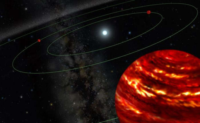 Incredible Images of a Four Planet System