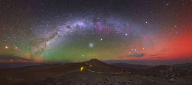 Panoramic Skyscape with Airglow Australis