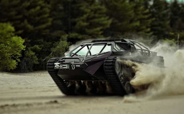 Ripsaw EV2 dual track off-road vehicle (6)