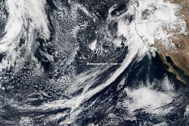 River in the Sky Keeps Flowing over the West US