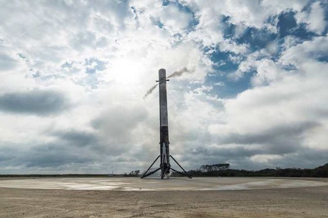Space X Just Flew a Rocket Back to Cape Canaveral Air Force Station