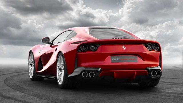 The new Ferrari 812 Superfast (3)