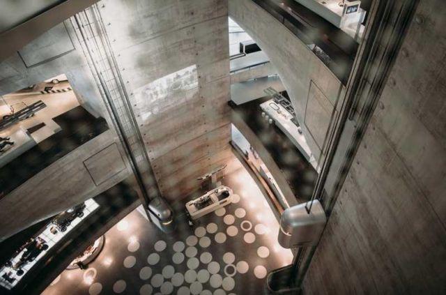 Mercedes-Benz Museum (6)