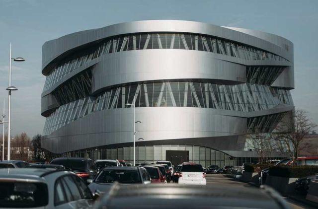 Mercedes-Benz Museum (4)