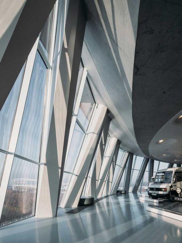 Mercedes-Benz Museum (2)