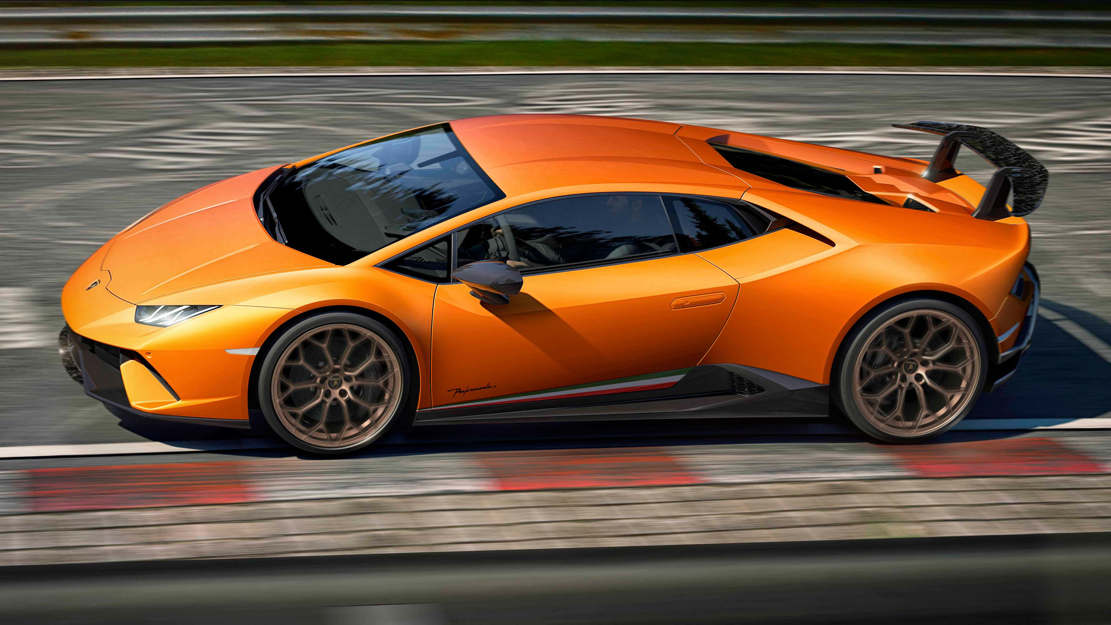 Lamborghini Huracan Performante (1)