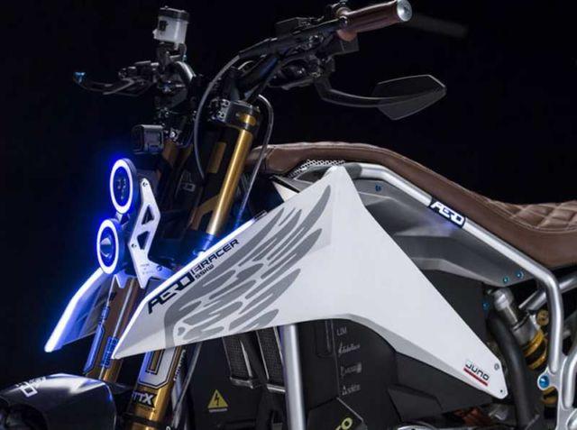 Aero E-Racer Motorcycle (6)