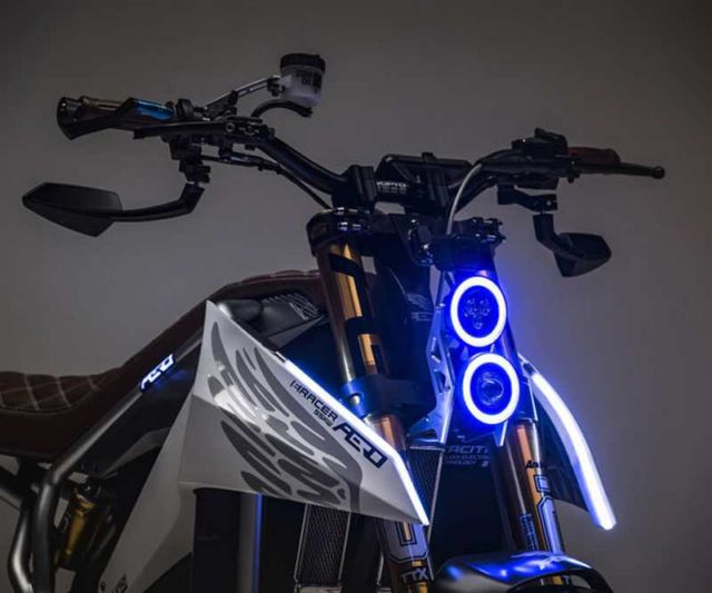 Aero E-Racer Motorcycle (4)