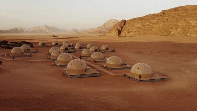 Desert Dome Camp in Jordan (5)
