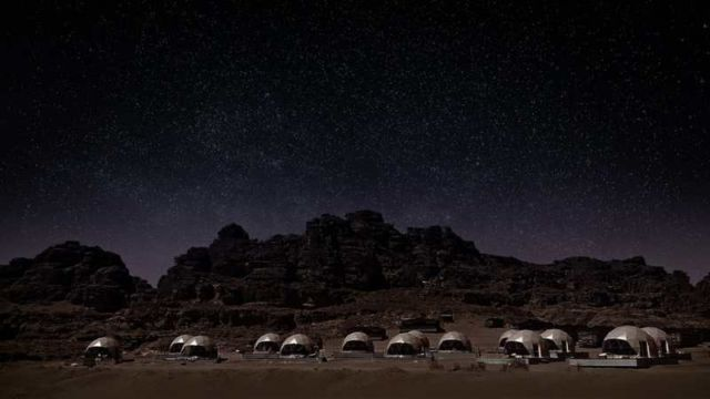 Desert Dome Camp in Jordan (3)