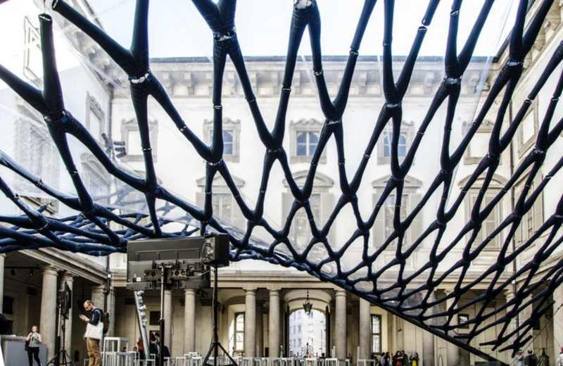 Pavilion at Palazzo Litta made from pairs of Blue Jeans (5)