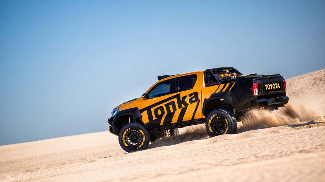 Toyota Hilux Tonka concept (1)