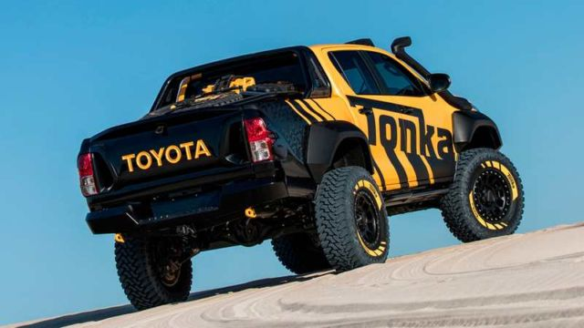 Toyota Hilux Tonka concept (14)