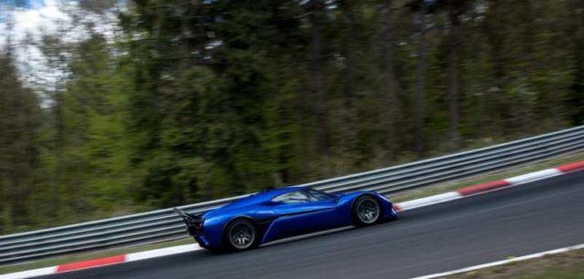 NIO EP9 electric supercar in Nurburgring (1)