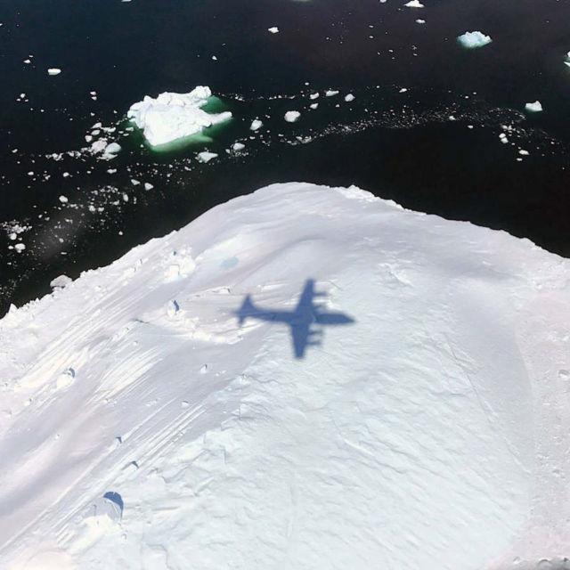 NASA flight over Glaciers