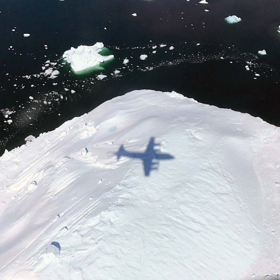 NASA flight over Glaciers
