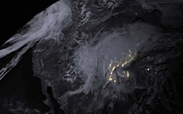 New Satellite's Lightning Imagery from Severe Storms