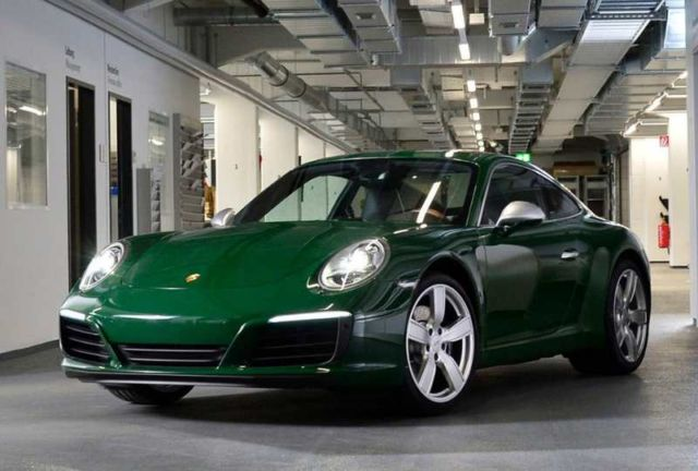 Porsche builds its millionth 911