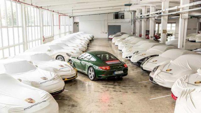 Porsche builds its millionth 911 (2)