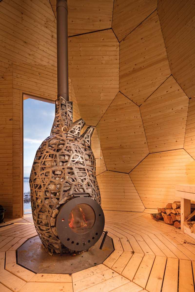 Wordlesstech Solar Egg Wood Burning Sauna