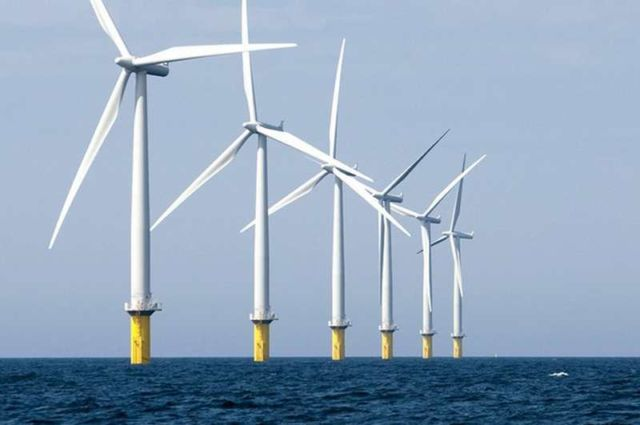 World's largest wind farm gets rolling near Liverpool