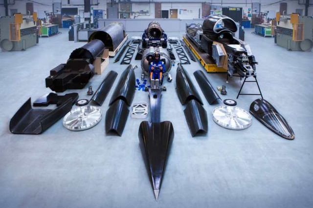 Bloodhound Supersonic Car (4)