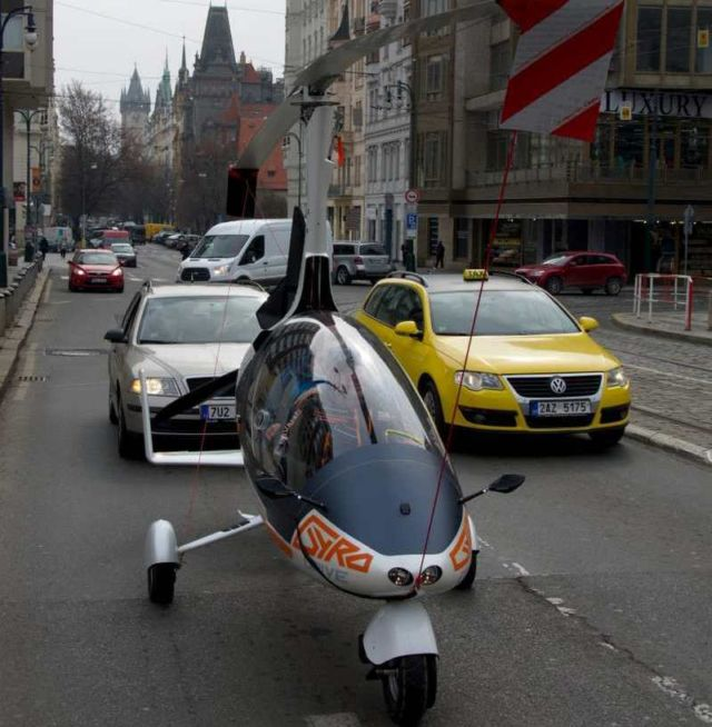 GyroDrive is world first road-certified flying car (3)