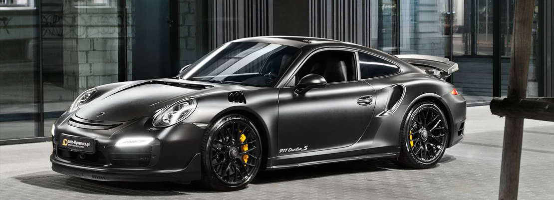 Porsche Dark Knight 911 Turbo S (1)