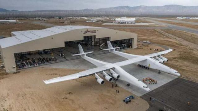 Stratolaunch - world's Largest Airplane