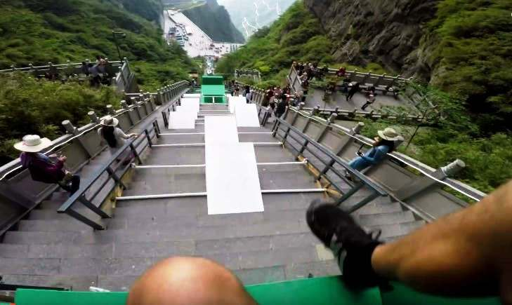 World's largest Parkour