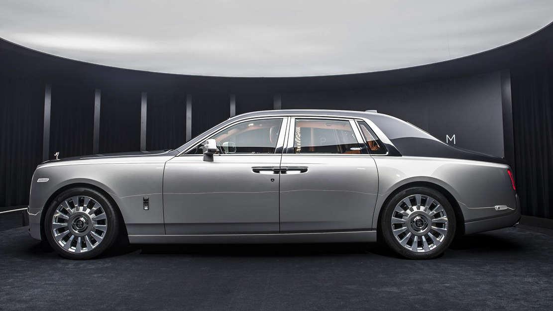 2018 Rolls-Royce Phantom VIII (1)