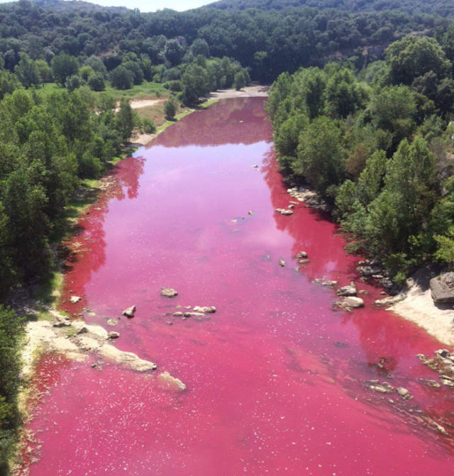 A River in France turned completely Red