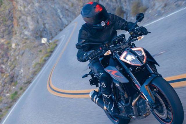 Nuviz motorcycle HUD (1)
