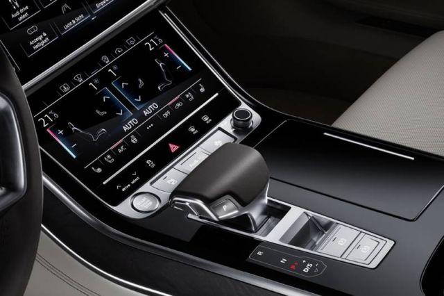 AUDI semi-autonomous A8 (3)