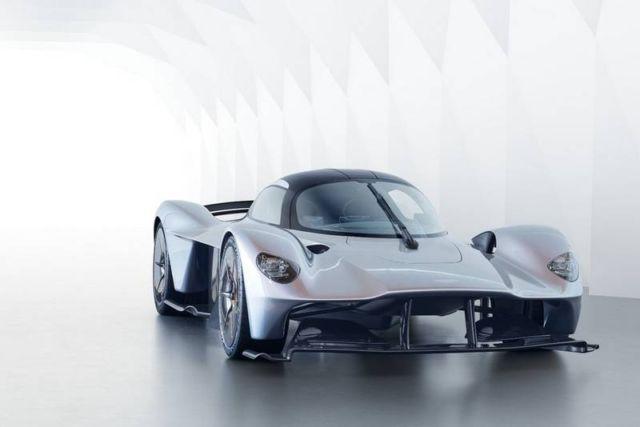 Aston Martin Valkyrie Hypercar (8)