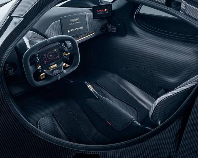 Aston Martin Valkyrie Hypercar (7)