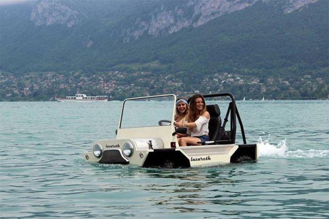 Mini Moke Amphibious Lazareth
