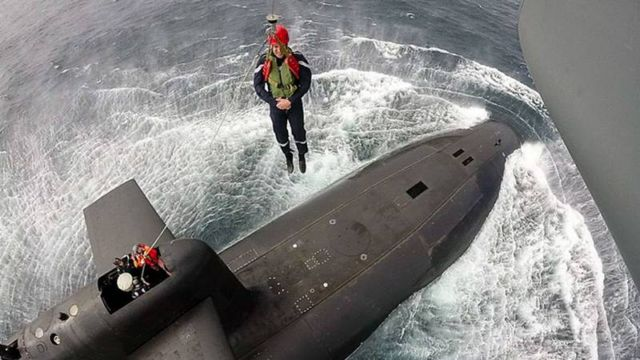 French President landed on the submarine